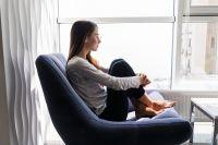 Высыпаться, настраиваться на позитив, критически фильтровать информацию советуют специалисты в наше нервное время.
