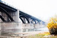 Тело 18-летнего молодого человека найдено под Октябрьским мостом в Новосибирске.