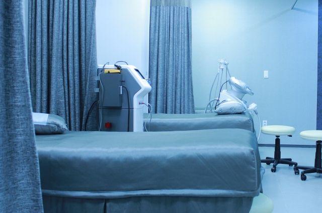 Всего в Кемеровской области развернуты 4 843 койки для пациентов с коронавирусной инфекцией.