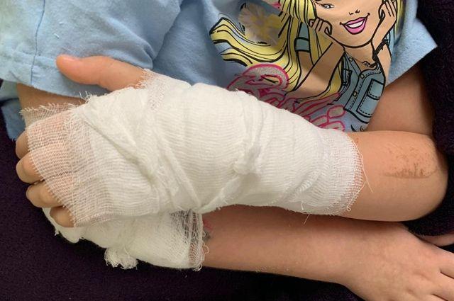 Прокуратура проверяет сообщение о девочке, которой прооперировали здоровую руку