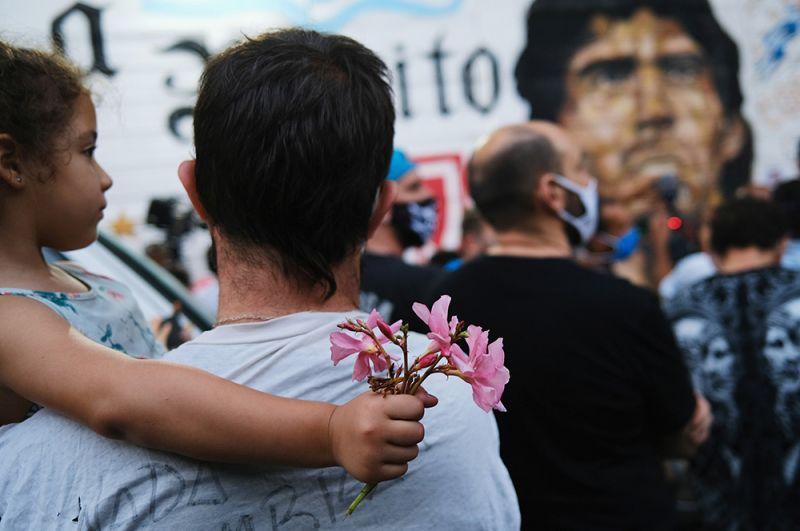 Поклонники Марадоны в Буэнос-Айресе, Аргентина.
