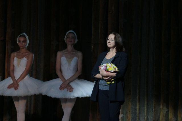 В прошлом году в театре проходил творческий вечер Людмилы Ивановны.