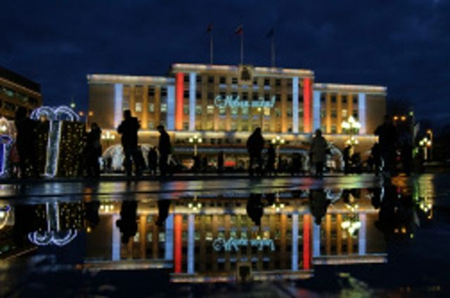 С 30 ноября в Калининграде начнут устанавливать главную елку