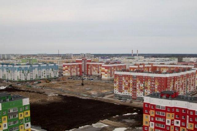 В Нижневартовске строят новую школу