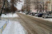В Оренбурге разыскивают водителя машины темного цвета, который наехал на 9-летнего ребенка.