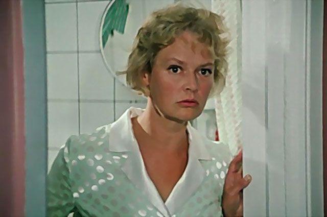 Нина Гребешкова в фильме «Бриллиантовая рука», 1968 г.