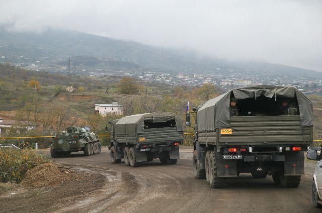 Военные медики из РФ прибыли в Степанакерт для оказания помощи населению