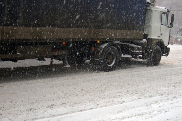Также во время сильных снегопадов будут привлекать уборочную технику промышленных предприятий.