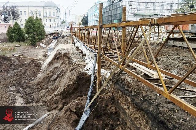Археологи на месте ремонта Астраханского моста исследовали площадь порядка двух тысяч квадратных метров.