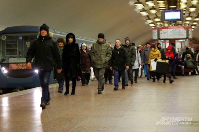 Станции метро правобережной часть Новосибирска будут работать и обслуживаться двумя составами