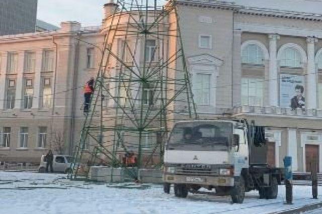 47 елок установят в Тюмени накануне Нового года