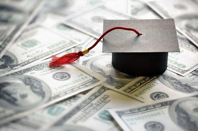 Вуз лишится доходов, если начнет отчислять нерадивых студентов.