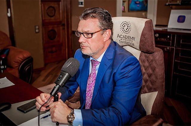 Андрей Ховратов.