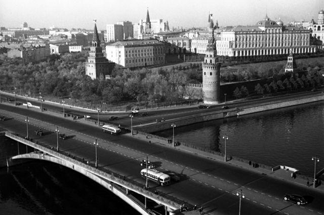 Большой Каменный мост в Москве, 1948 г.