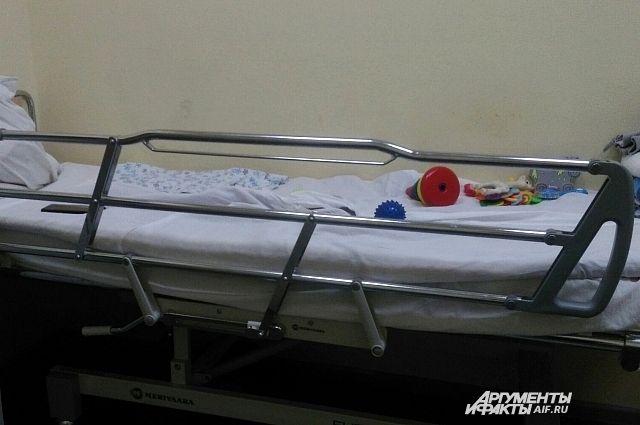 Полиция в Медногорске выясняет обстоятельства несчастного случая с годовалым мальчиком.