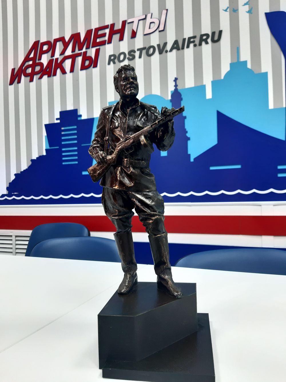 Эскиз памятника Михаилу Пуговкину