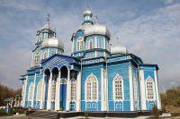 Церковь построили из красного дуба