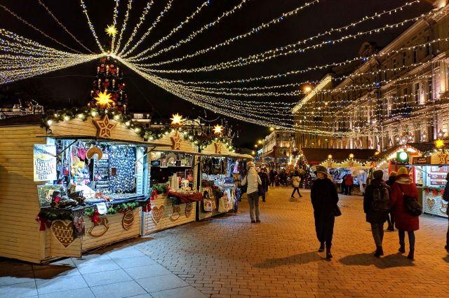 Рождественская ярмарка будет работать на Манежной площади с учётом норм безопасности.