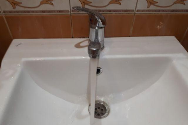 Тюменцы пожаловались на мутную воду из крана