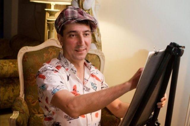 Илья Клычев никогда не учился на художника, он самоучка.