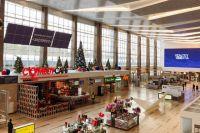 Для пассажиров создали атмосферу новогоднего праздника.