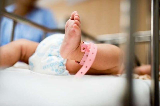 Оборудование используется при осмотре новорожденных недоношенных детей