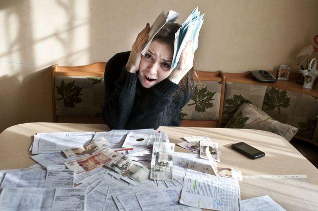 ВТБ зафиксировал новые случаи социальной инженерии – мошенники сообщают клиентам о якобы возникших у них долгах по жилищно-коммунальным услугам за время изоляции в течение 2020 года.