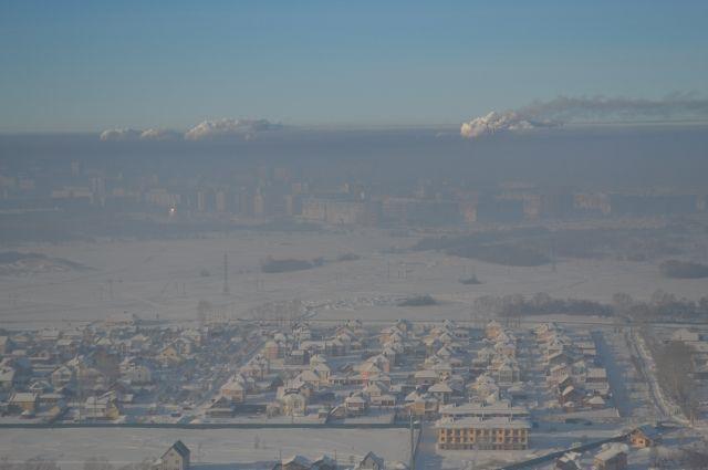 Большое количество примесей в воздухе, опасное для здоровья, зафиксировано в Новосибирске минувшей ночью, 6 декабря.