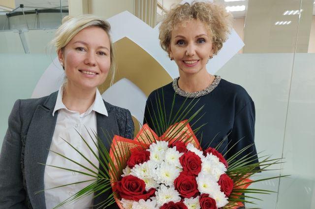 Церемония награждения победителей прошла онлайн, в ней приняли участие генеральный директор Микрофинансовой компании Екатерина Тукмачева и героиня сюжета – предприниматель Вера Долганова.
