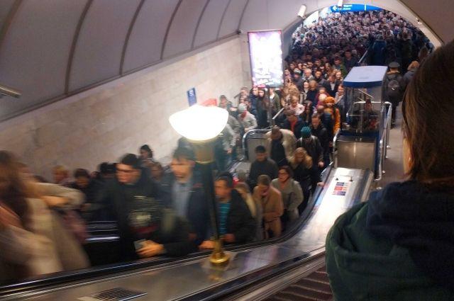 Забывать о развитии петербургского метро нельзя!