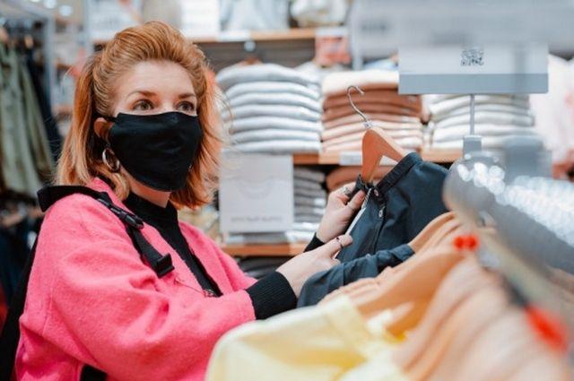 Шоурум российских брендов будет работать ежедневно: с 11.00 до 21.30 в будние дни и с 12.00 до 22.00 по выходным.