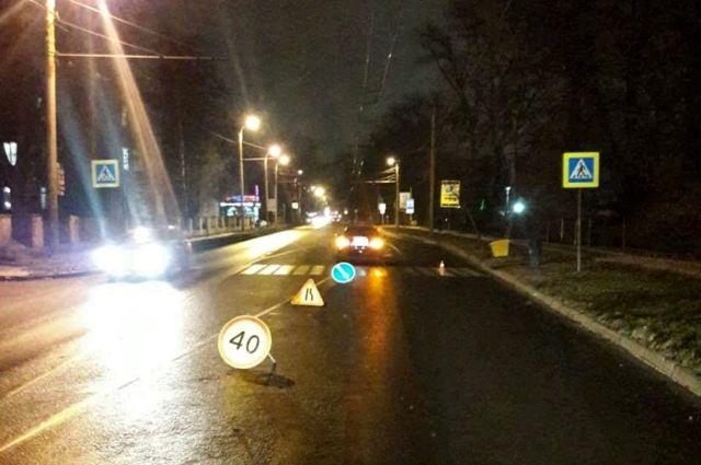 Во вторник вечером женщина попала под колеса автомобиля на Советском пр-те