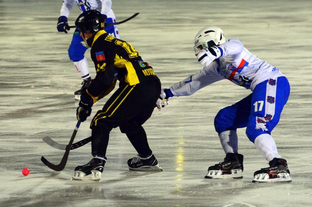Преимущество в матче было на стороне хозяев льда.