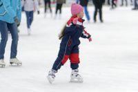 В Оренбурге олимпийский каток на площади Ленина будут заливать на протяжении нескольких дней.