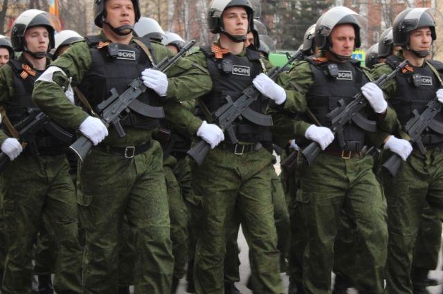 Исторически мужчина в России всегда был защитником своей страны.