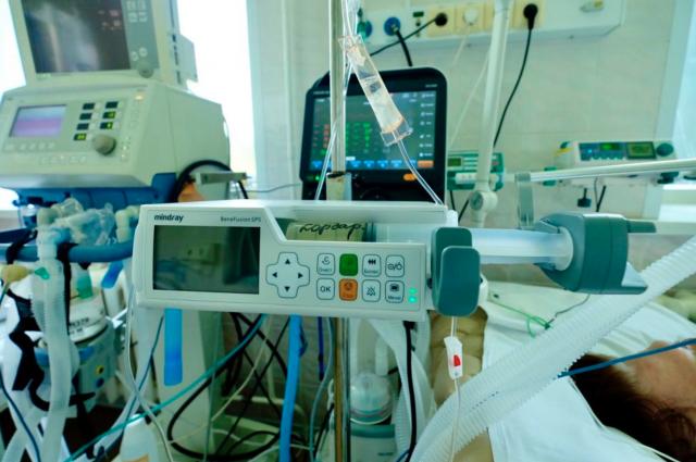 Отключение кислорода на «профилактику» могло спровоцировать смерть пациента в коронавирусном госпитале Новосибирска.