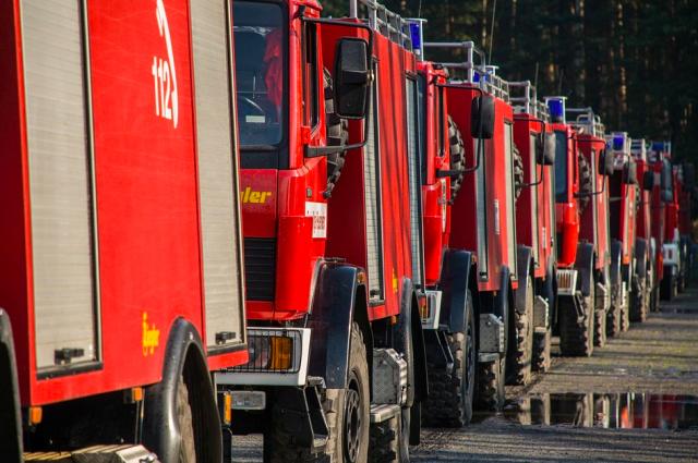 Пожар на территории авторазбора в Ижевске потушен