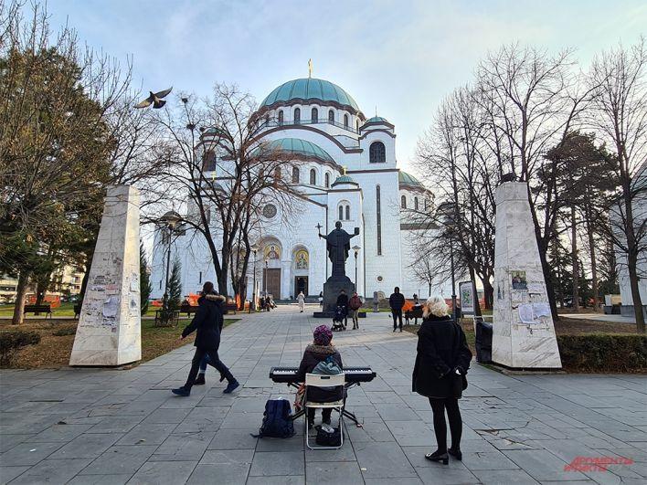 Храм святого Саввы в Белграде, заложенный еще при Югославии в 1986 г.
