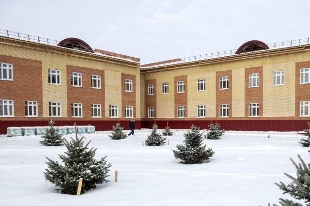 Строящийся в Омске интернат для инвалидов готов на 70%