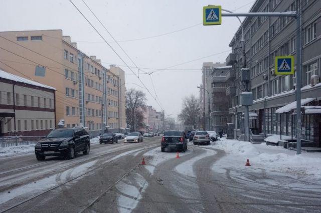 Шестилетний ребенок пострадал в ДТП в Центральном райне Новосибирска.
