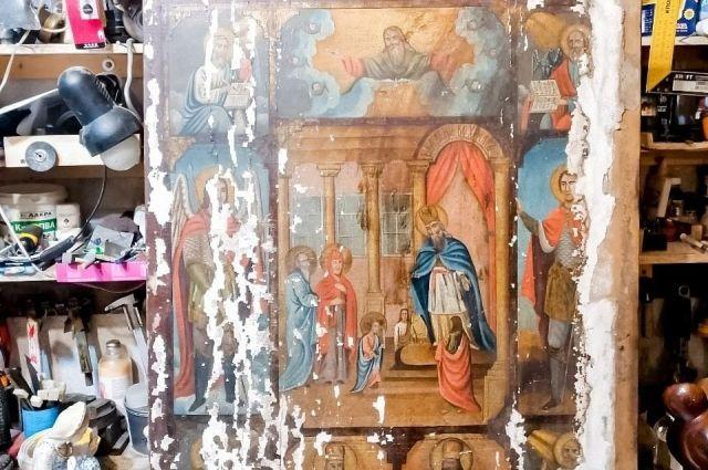 Иконописца звали Иван, а писал он икону в октябре далекого 1894 года