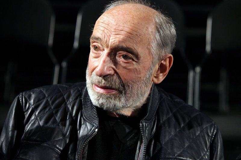 12 декабря на 86-м году жизни скончался знаменитый российский и советский актер театра и кино Валентин Гафт.