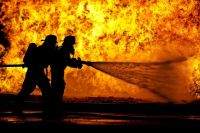 В Тюмени при пожаре в доме на улице Депутатской погиб мужчина
