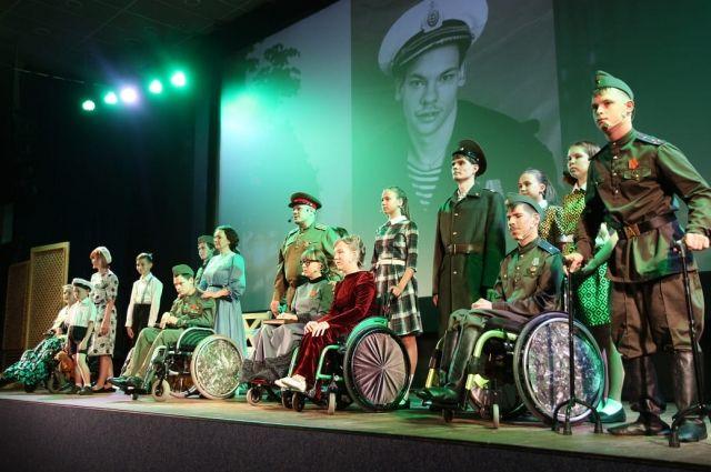 Военная драма «Ленинград» инклюзивного театра глубоко тронула душу.