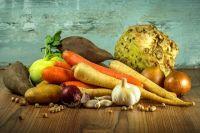 Чтобы уменьшиться в объемах, нужно включить в рацион больше овощей и круп.