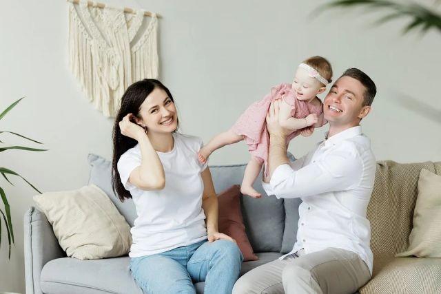 В Новосибирской области действуют 26 мер поддержки для семей с детьми.