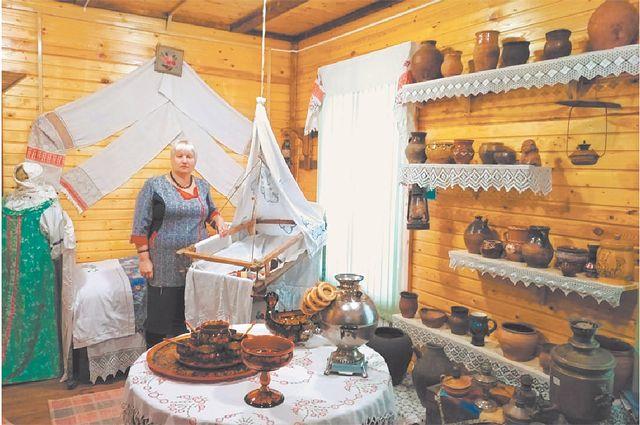 Марина Хлюстова: теперь её рабочее место не только вбиблиотеке, но и в Музее пчелы.