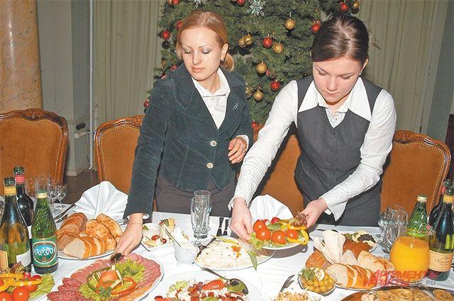 Школьникам запретили выезжать классом на массовые новогодние мероприятия.
