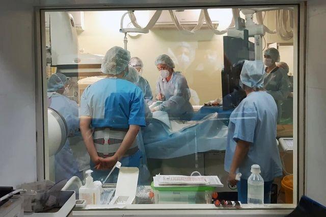 Кесарево сечение в ангиографической операционной областной больницы – уникальный случай.