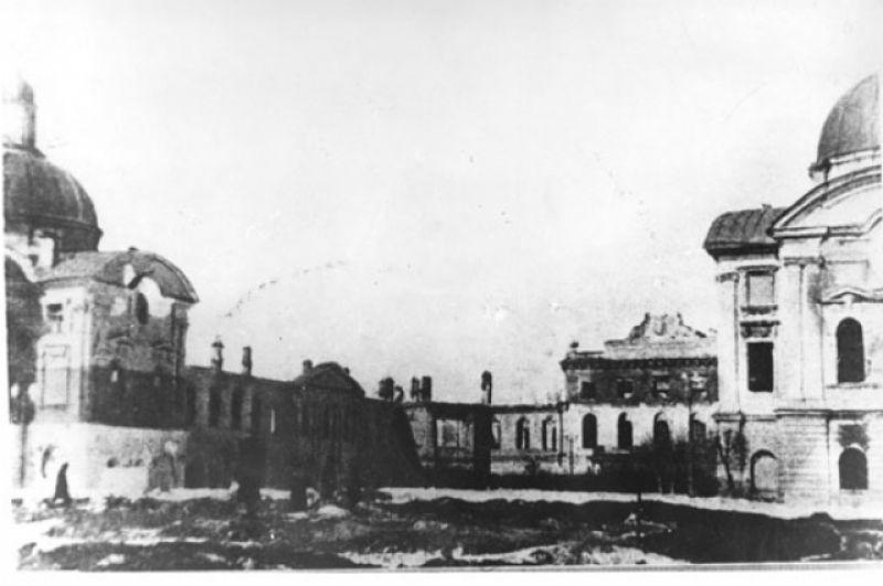 Разрушенный Путевой дворец.